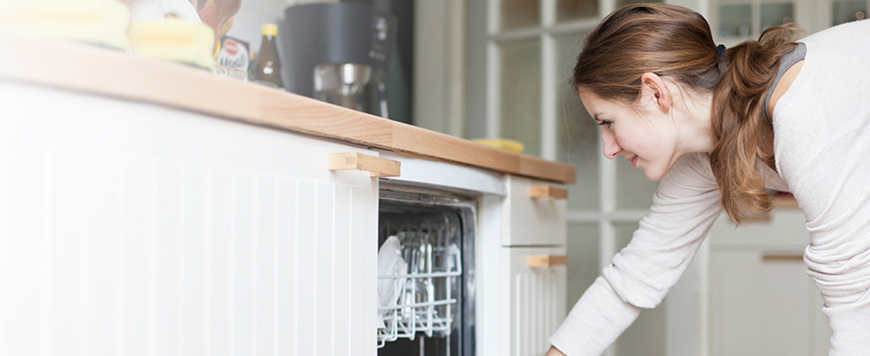 Things You Really Should Not Put In Your Dishwasher Anymore